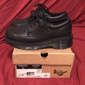 Dr marten shoes new no tags solid black
